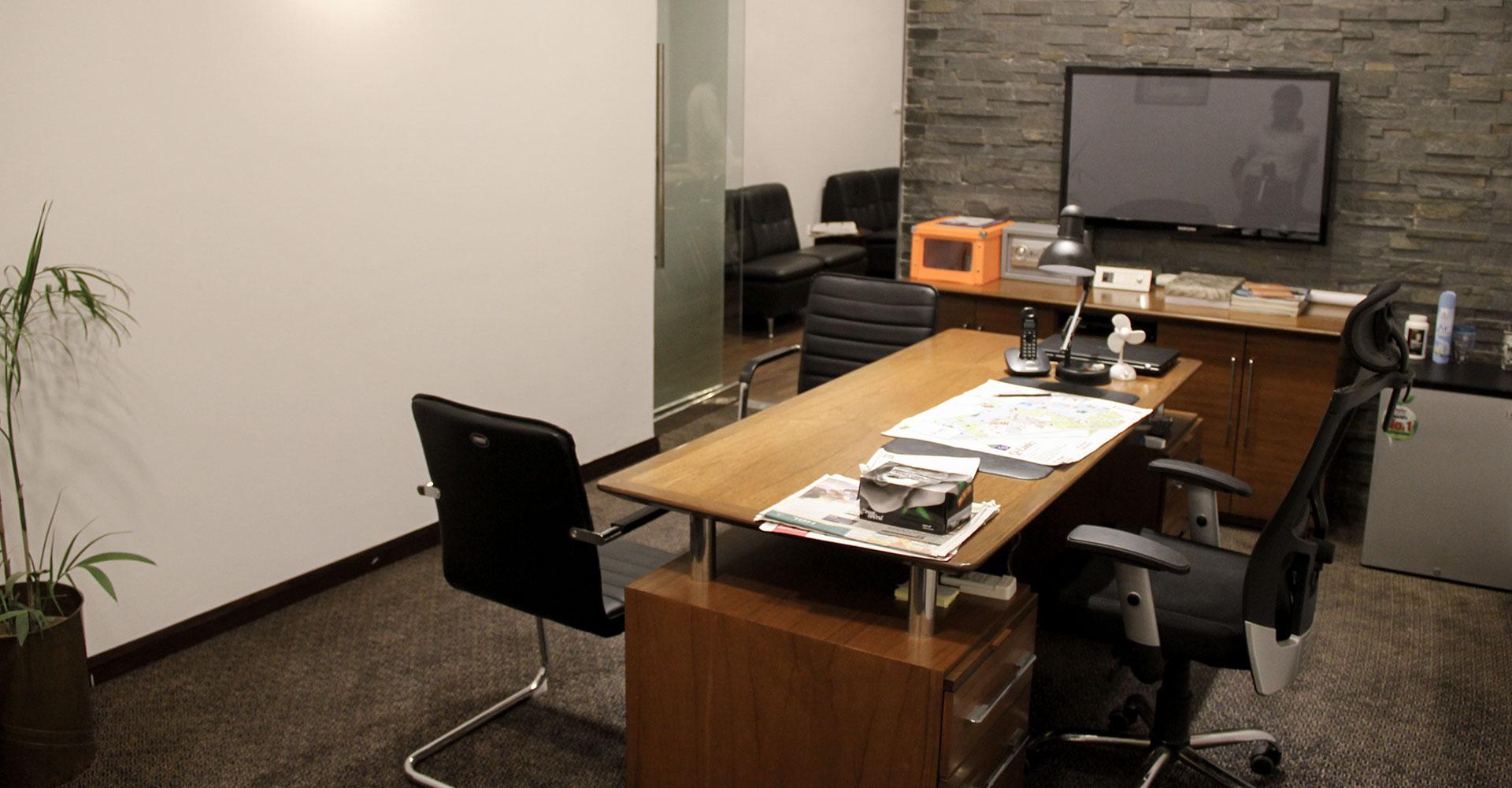 residential-restaurant-office-interior-design-hiline-lahore-portfolio-(q-links-marketing-office)(1000×1000)-03