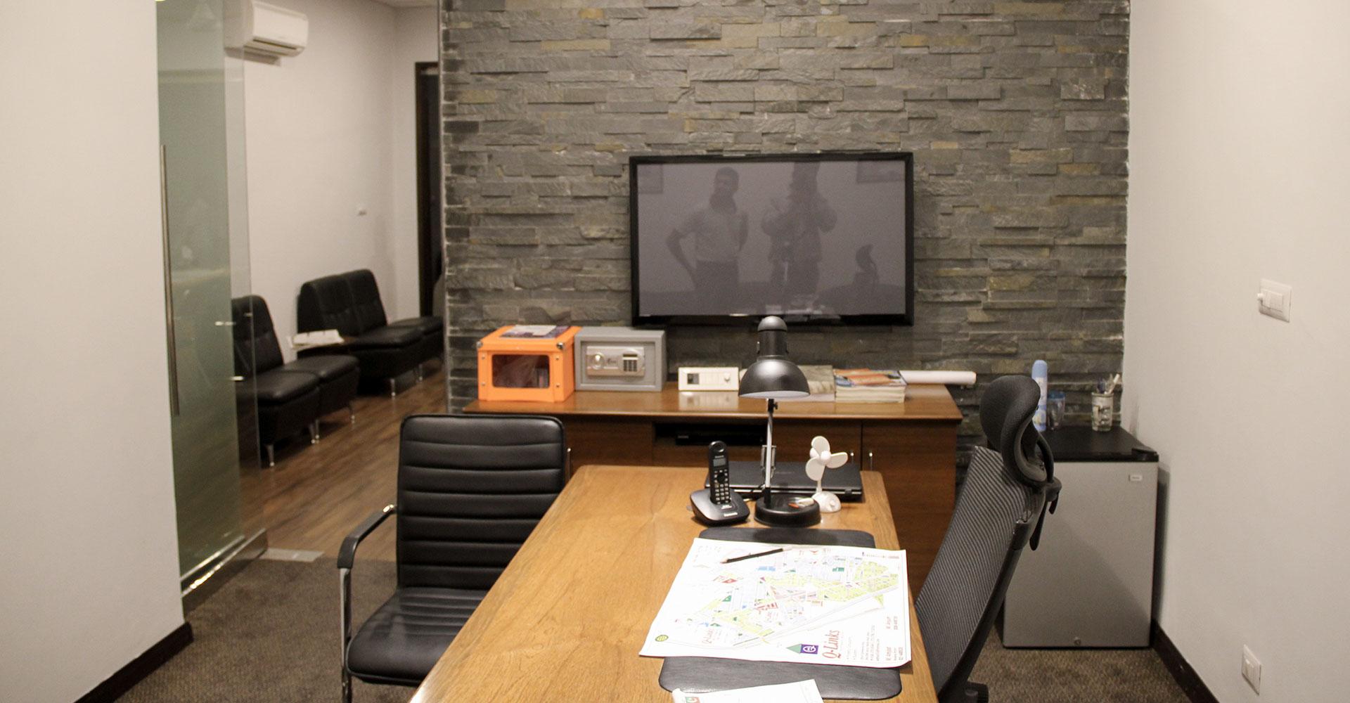 residential-restaurant-office-interior-design-hiline-lahore-portfolio-(q-links-marketing-office)(1000×1000)-04
