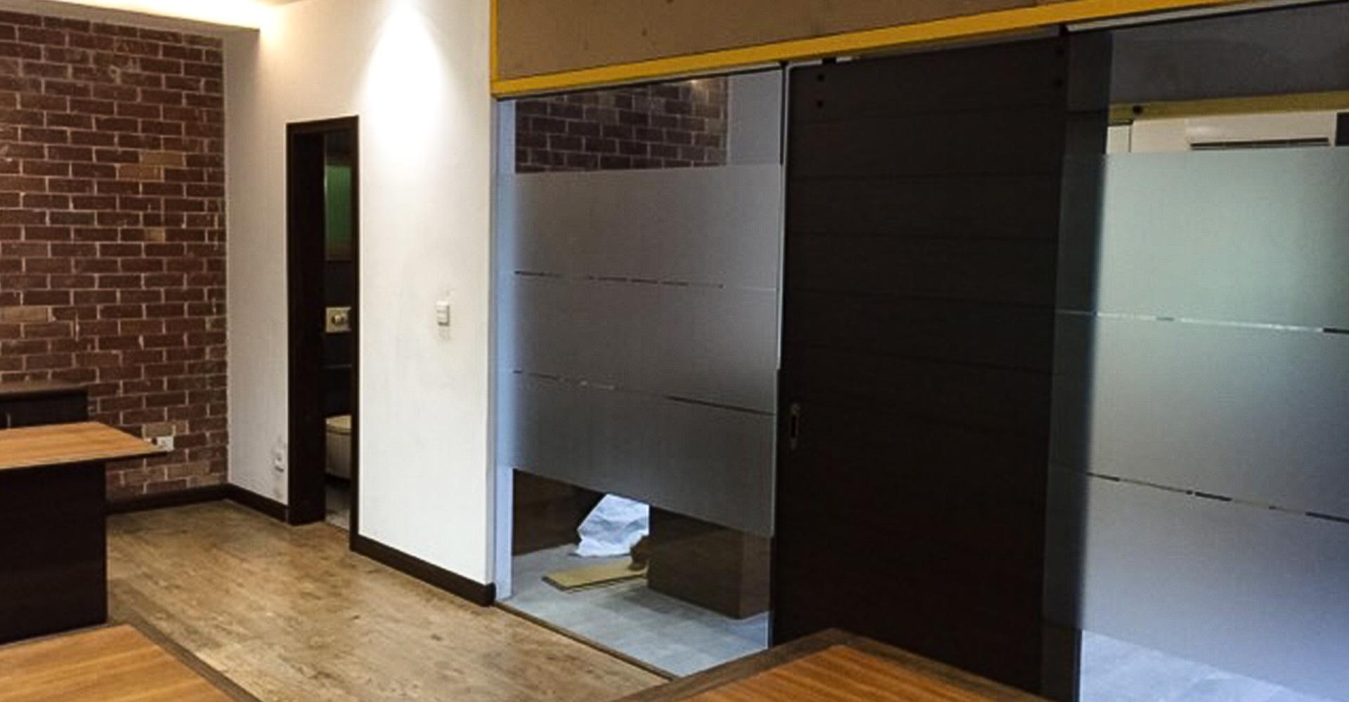 Interior-Design-Hiline-Lahore-portfolio-Sapphire-Neela-Denim-11