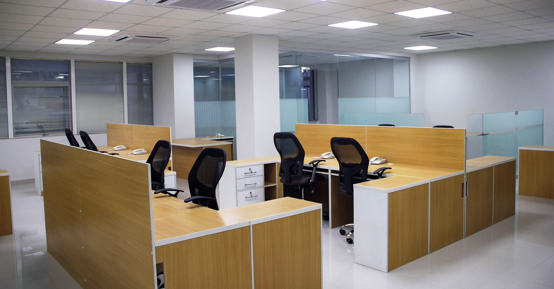 Office-Interior-Design-Hiline-Lahore-portfolio-Sapphire-Retail-Office-Lahore-06