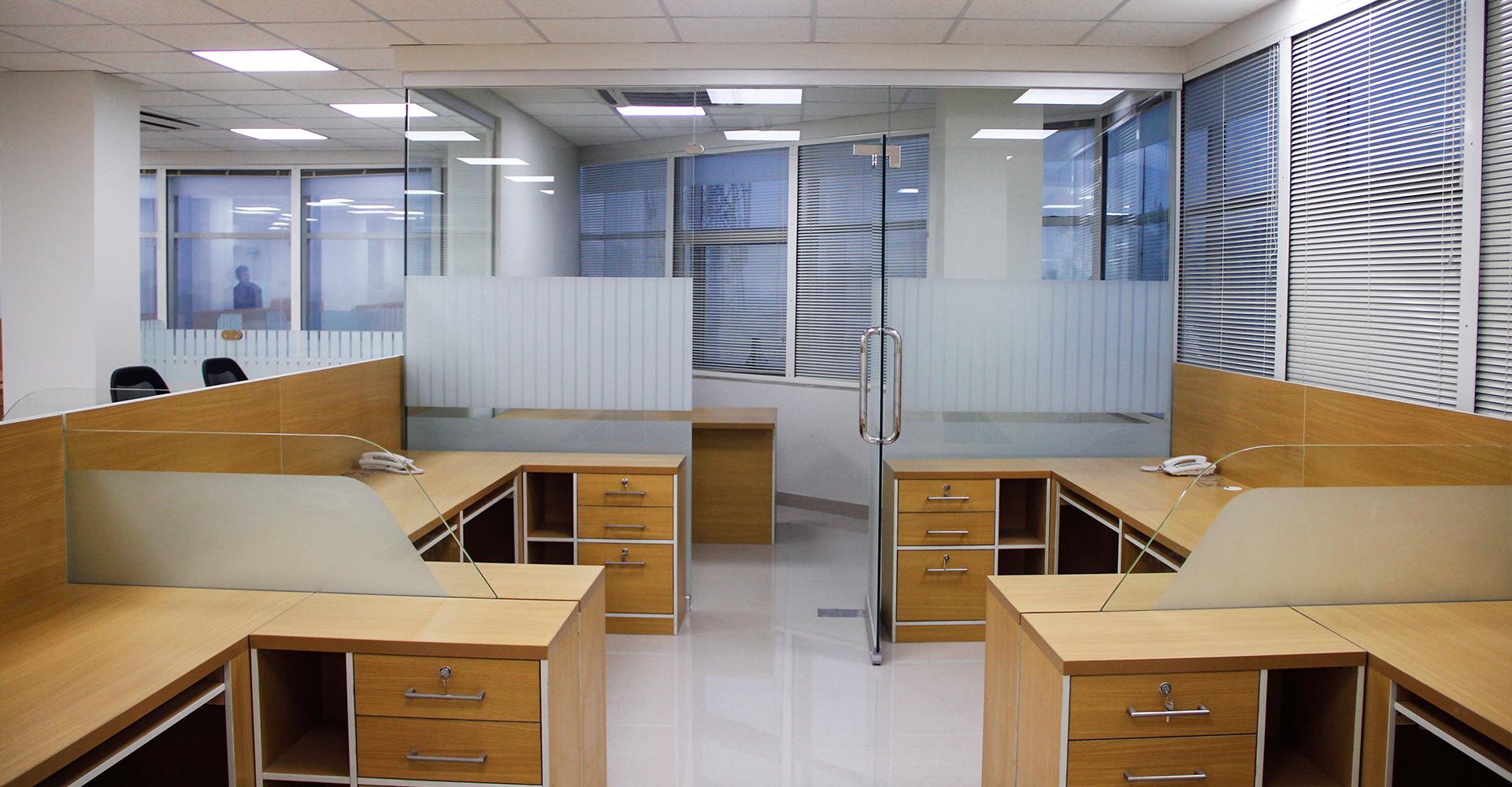 Office-Interior-Design-Hiline-Lahore-portfolio-Sapphire-Retail-Office-Lahore-07